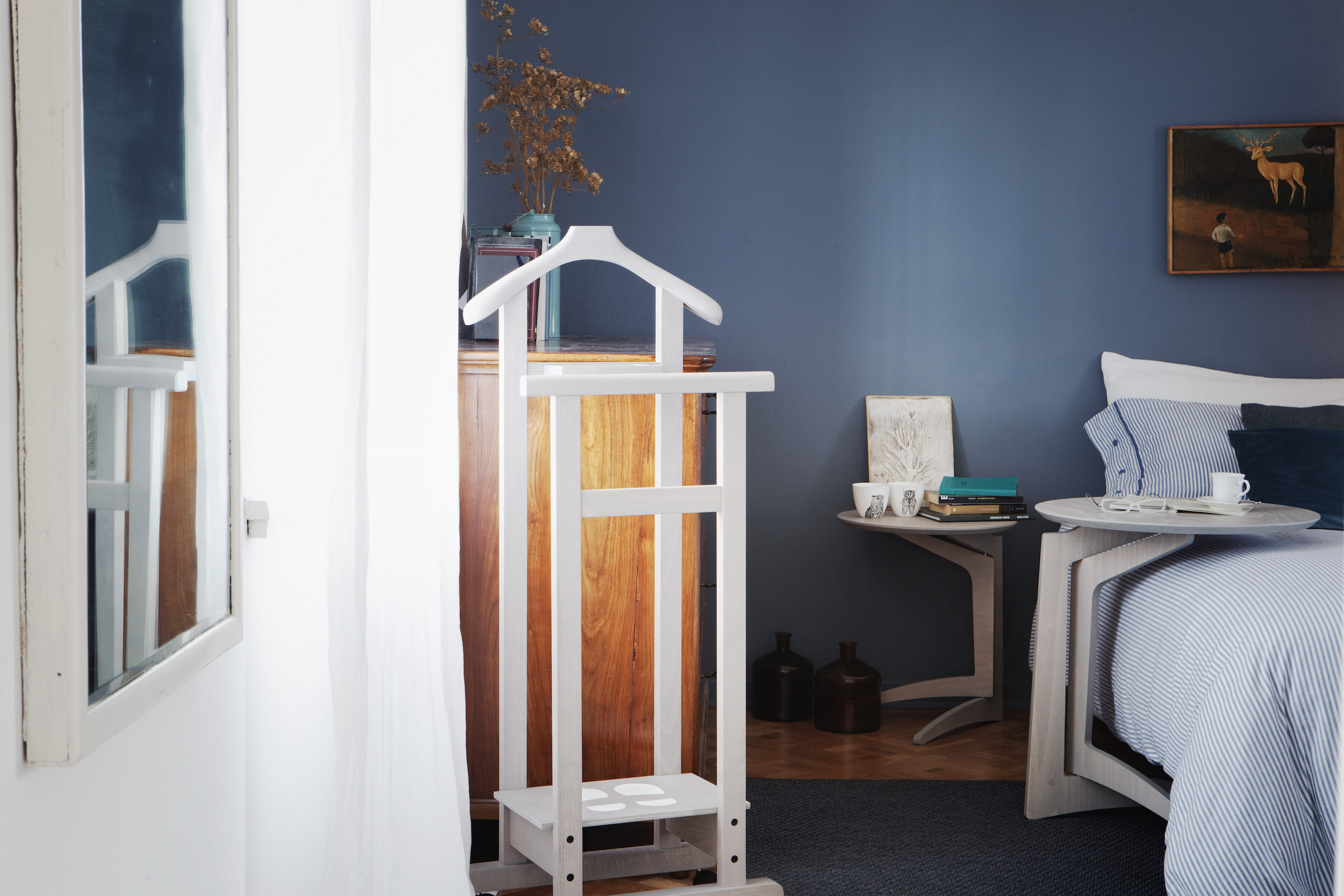 Complementi d 39 arredo di design in legno massello for Complementi d arredo milano