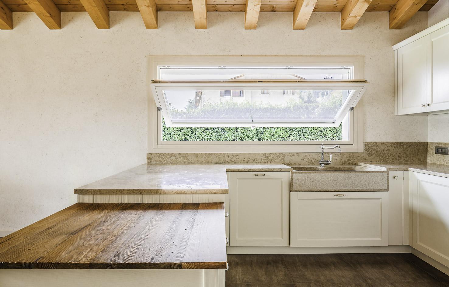 Piccolotto serramenti da pi di 50 anni realizziamo for Progettazione di mobili lavorazione del legno